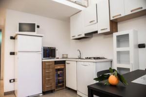 RHO Blumarine Apartment, Apartmanok  Rho - big - 41