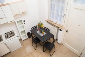 RHO Blumarine Apartment, Apartmanok  Rho - big - 43