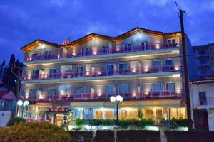 Hostels e Albergues - Oscar Hotel