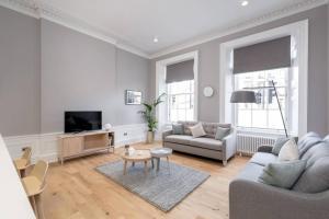 Torphichen Street 5 Star Luxury Apartment - Edinburgh