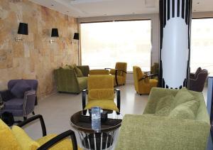 Drr Ramah Suites 7, Aparthotely  Rijád - big - 35