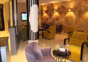 Drr Ramah Suites 7, Aparthotely  Rijád - big - 37
