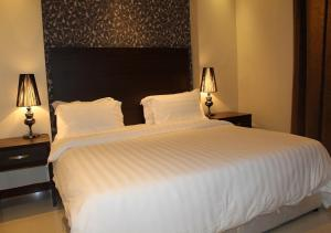 Drr Ramah Suites 7, Residence  Riyad - big - 8