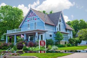 Astor House - Accommodation - Green Bay