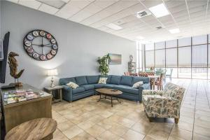 Phoenix II 2033, Apartmány  Orange Beach - big - 56