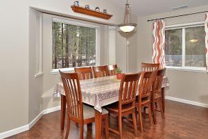 839 Paloma Avenue Home, Holiday homes  South Lake Tahoe - big - 18