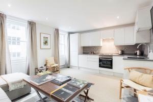 Splendid 3 bedrooms apartment - Windmill Street