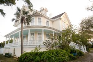 Sealy Hutchings Mansion Home - Galveston