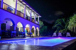 Mariposa Beach Suites