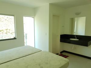 Top Mirante de Escarpas, Apartmanok  Capitólio - big - 6