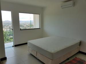 Top Mirante de Escarpas, Apartmanok  Capitólio - big - 7