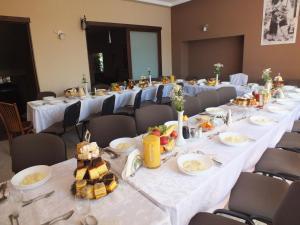 Hotel Pod Trzema Różami, Hotels  Sanok - big - 43