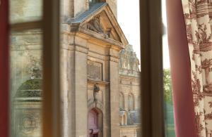 Auberge du Jeu de Paume (10 of 45)