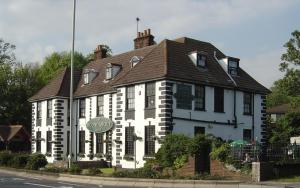 The Roundabout Hotel - Titchfield