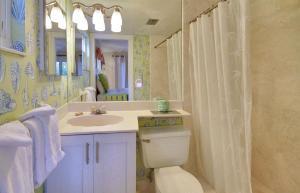 Sunset Villas Unit #1 Condo, Apartments  Clearwater Beach - big - 32