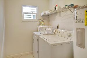 Sunset Villas Unit #1 Condo, Apartments  Clearwater Beach - big - 36