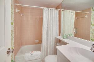 Sunset Villas Unit #1 Condo, Apartments  Clearwater Beach - big - 35