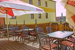 Penzion Nad Hradbami - Hotel - Žlutice