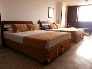 Ribera del Rio Av 2da Norte, Apartmánové hotely  Cali - big - 47