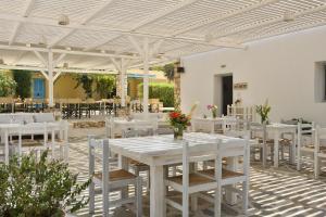 Surfing Beach Village Paros, Hotel  Santa Maria - big - 62