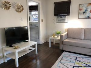 Hollywood Private Bungalow, Apartmány  Los Angeles - big - 43