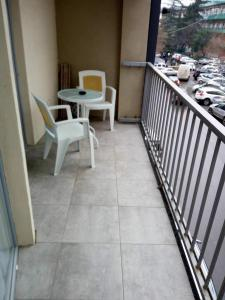 Apartment with balcony near King David residence, Apartmanok  Tbiliszi - big - 7