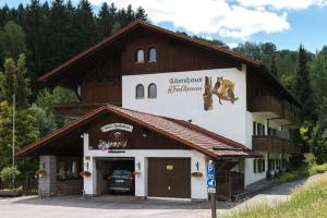 Gästehaus Falkenau Urlaub mit Hund, Hotely - Frauenau