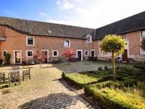 Holiday home Hof Van Aken 1 - Hermalle-sous-Argenteau