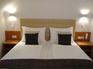 City Hotel Albrecht - Schwechat