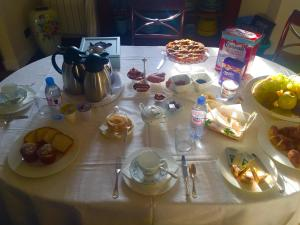 Chambre d'hôtes de charme La Belle Vue, Bed & Breakfasts  Roquebrune-Cap-Martin - big - 27