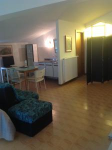 B&B Dora, Bed and Breakfasts  Colloredo di Monte Albano - big - 42