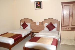 Hotel Bhavani Lodge, Отели  Хайдарабад - big - 23