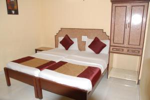 Hotel Bhavani Lodge, Отели  Хайдарабад - big - 15