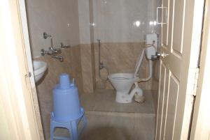 Hotel Bhavani Lodge, Отели  Хайдарабад - big - 18