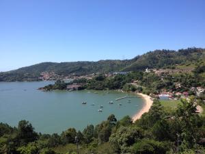 Casa próxima a praia de Calheiros - Tijucas