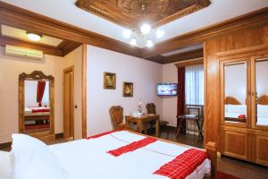 Brilant Antik Hotel, Hotely  Tirana - big - 33