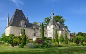 Chateau Le Mas De Montet (32 of 46)
