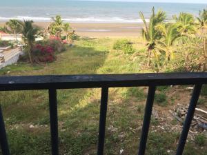 Beach Front House In Las Tablas, Дома для отпуска  Лас-Таблас - big - 9