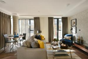 Fantastic Aldgate East Apartment