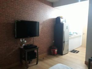 Condo studio type, Проживание в семье  Манила - big - 9