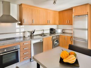 Apartment Ed. Corona, Appartamenti  Marbella - big - 36