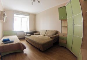 Apartment on Suvorova 25, Apartmanok  Kaluga - big - 25