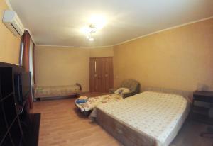 Apartment on Suvorova 25, Apartmanok  Kaluga - big - 28