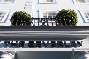 The Beverley Hotel London - Victoria - London