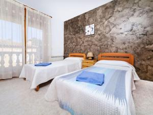 Holiday Home Cantabria House, Holiday homes  Calonge - big - 40