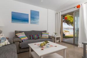 Arenas, Holiday homes  Playa de Muro - big - 6