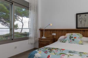 Arenas, Holiday homes  Playa de Muro - big - 10