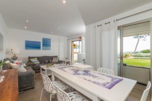 Arenas, Holiday homes  Playa de Muro - big - 7