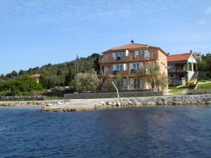 Apartment Njofra.1