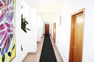 Elizeu Hotel, Hotels  Bukarest - big - 59